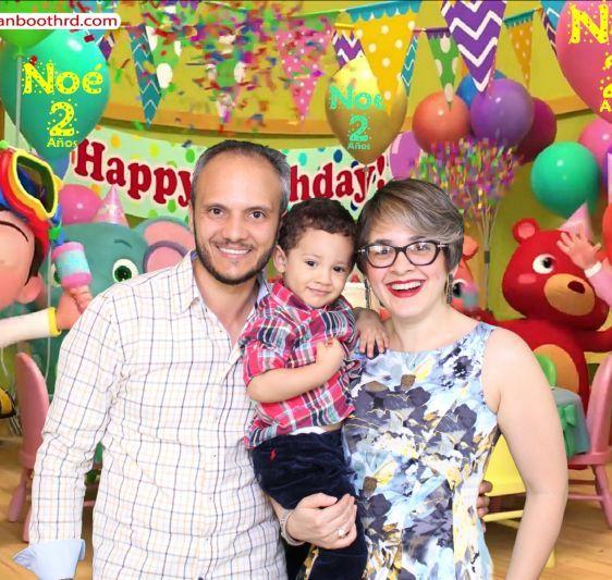 Dominican booth cumpleaños Noé Lazala