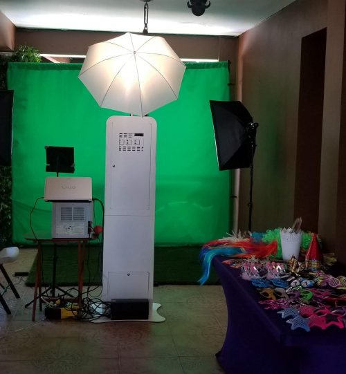 Aquiler servicio fotos green screen photo booth en santiago- Dominican Booth RD